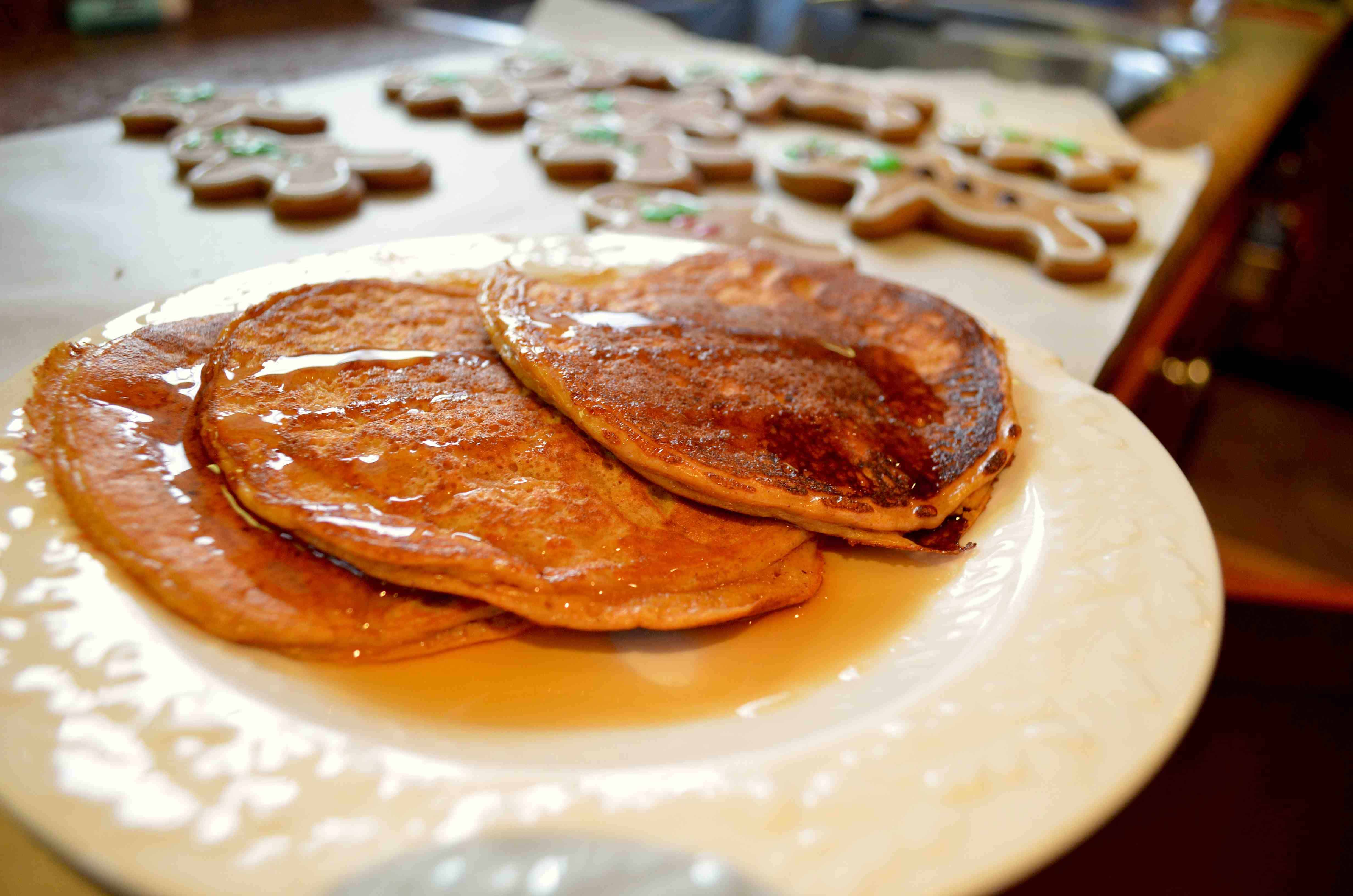 Low Carb Gingerbread Protein Pancakes