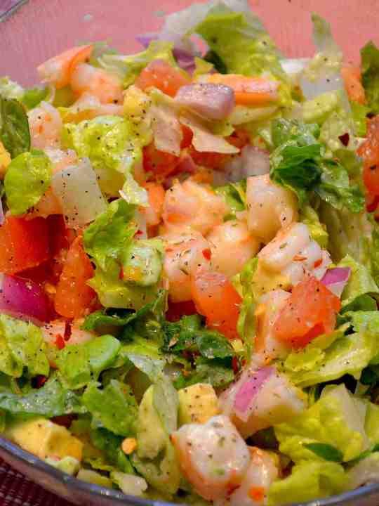 Avocado-Shrimp Salad with Lime Dressing
