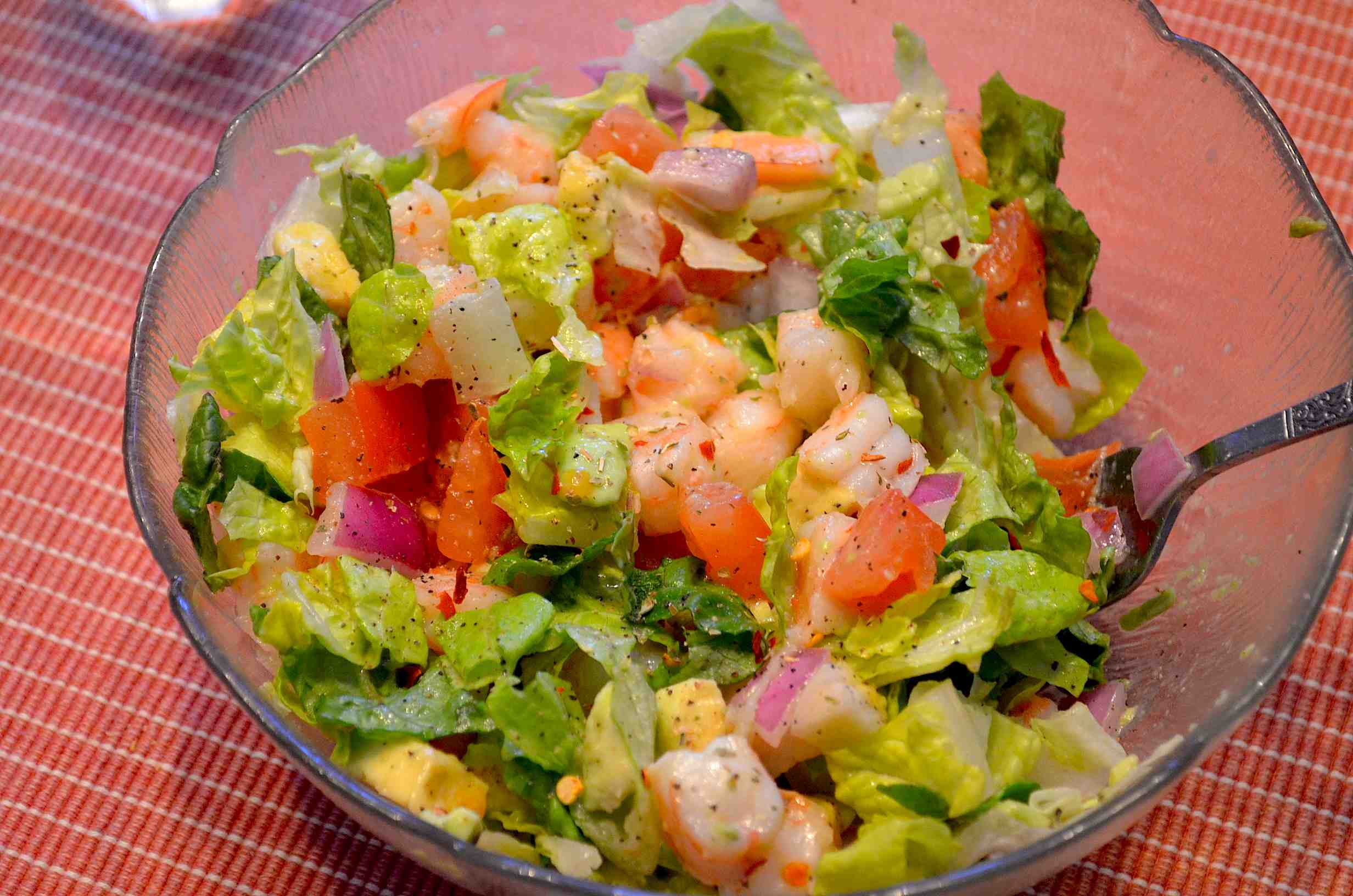 Avocado-Shrimp Salad with Lime Dressing