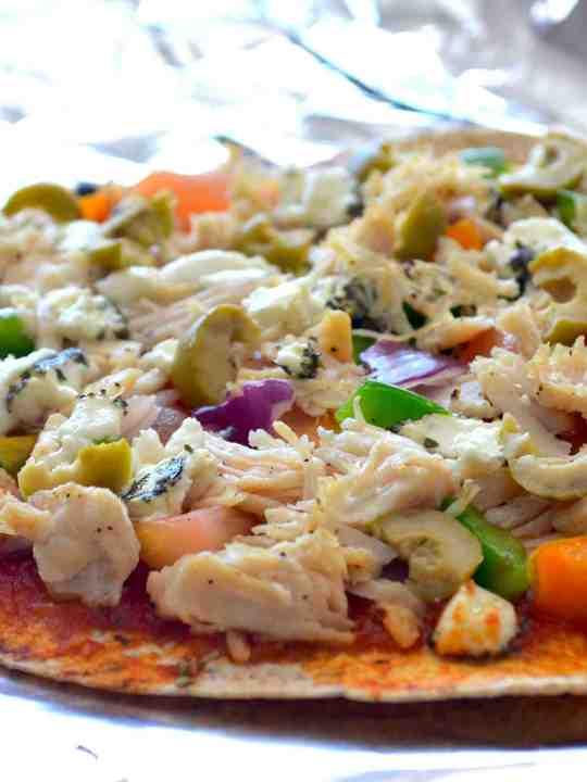 Healthy Thin-Crust Greek Pizza
