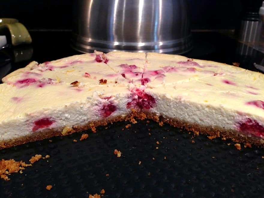 Healthy Lemon Raspberry CHEESECAKE???!