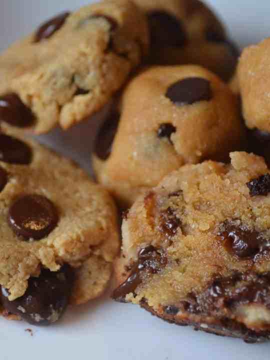KETO Chocolate-Chip Cookies-3 WAYS