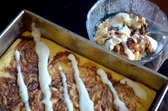 Low-Carb Cinnamon Roll Cake