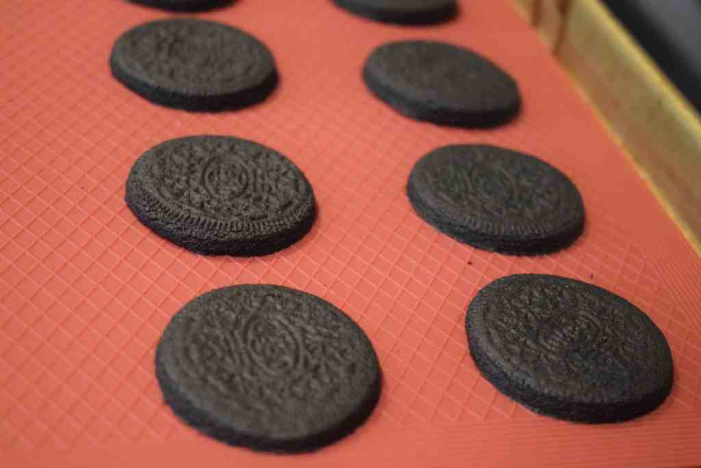 keto oreo cookies after baking