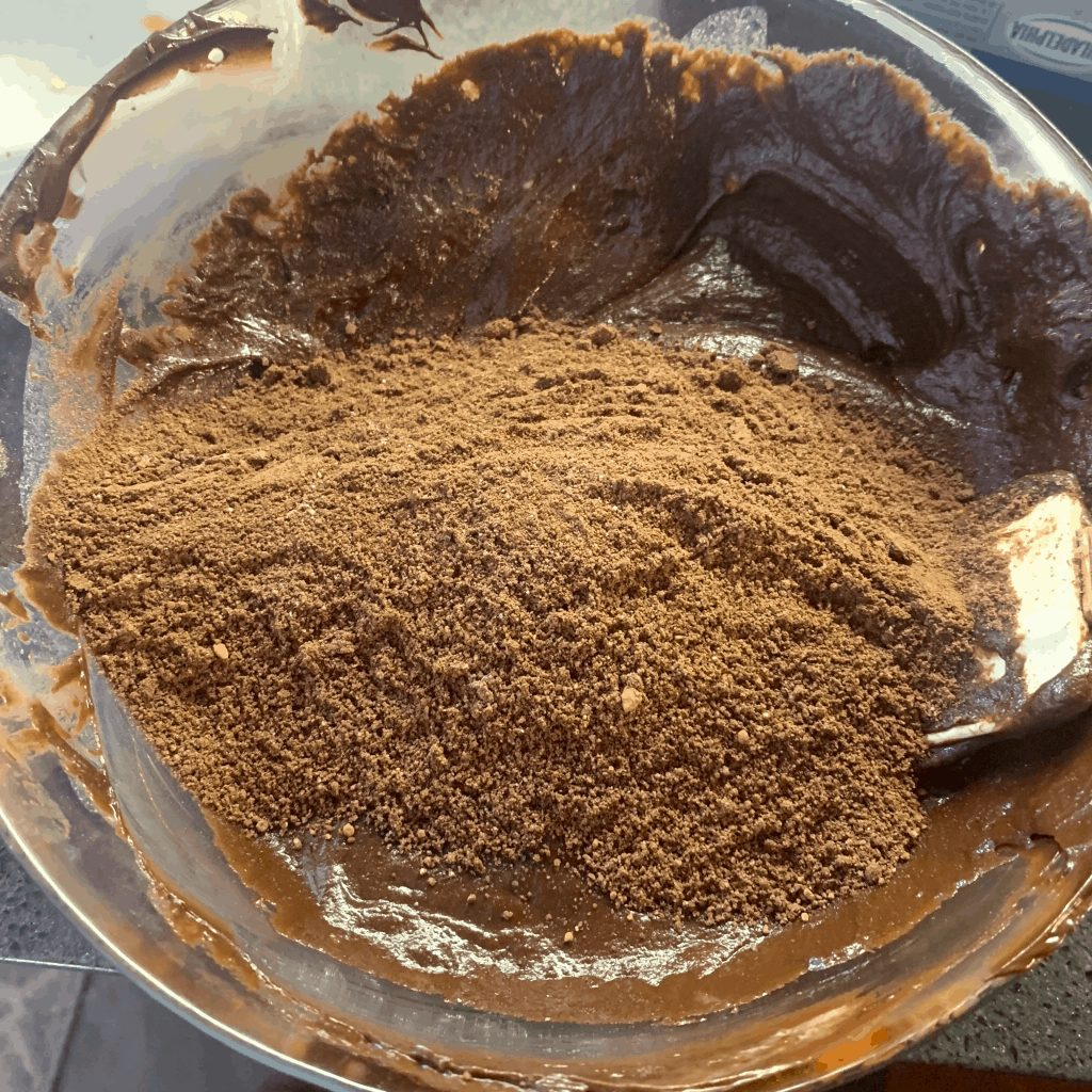 add almond flour and cocoa flour to wet ingredients