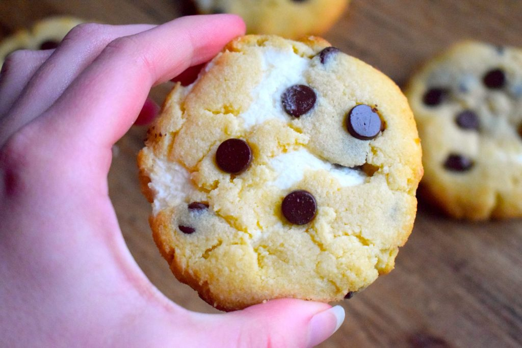 keto cheesecake chocolate chip cookies