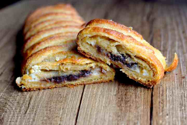 keto puff pastry chocolate cream cheese