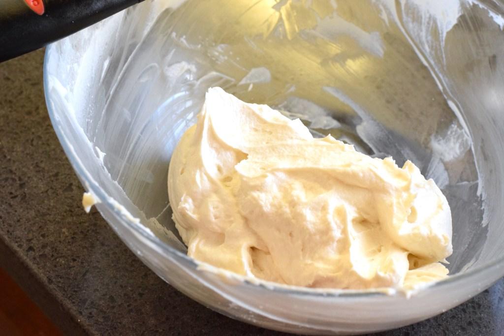 keto vanilla cream cheese frosting