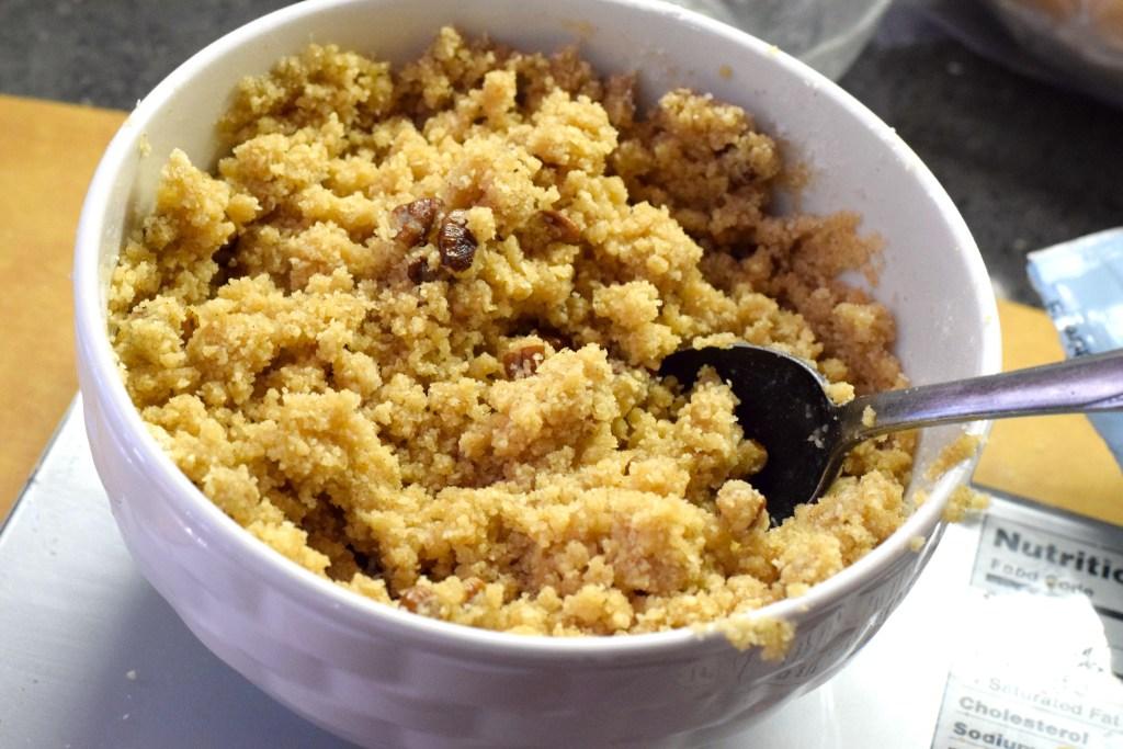 keto almond flour crumble