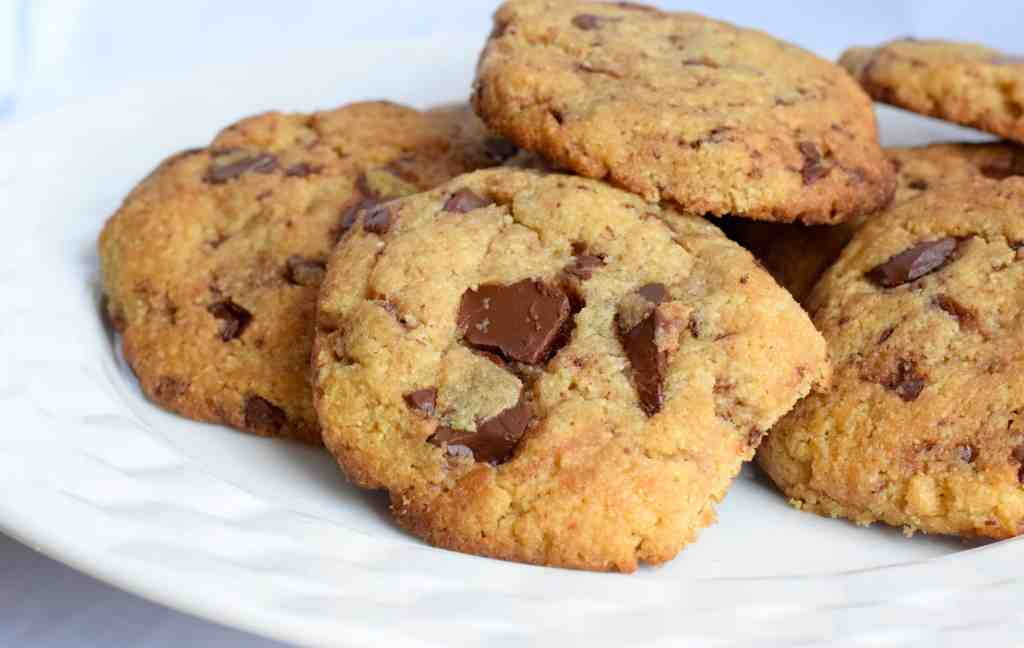 keto chocolate chunk cookies recipe