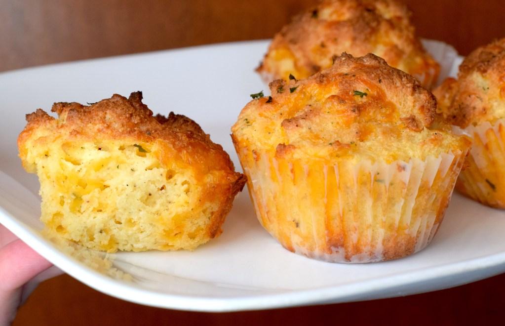 keto low carb cheesy muffin recipe