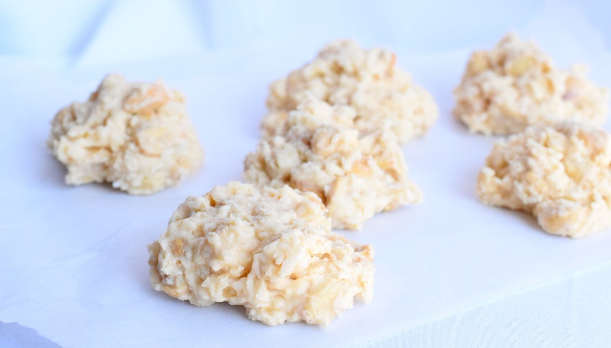 keto white chocolate peanut butter clusters recipe