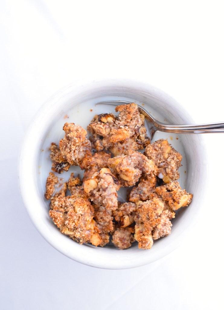 crunchy low carb keto granola recipe