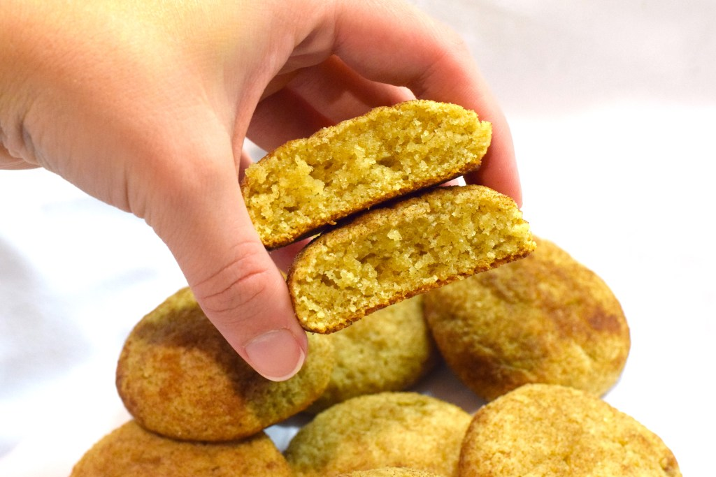 low carb cream cheese snickerdoodles