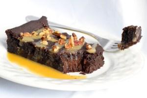 keto chocolate caramel pecan cake