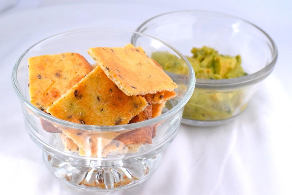 Keto crackers with guacamole