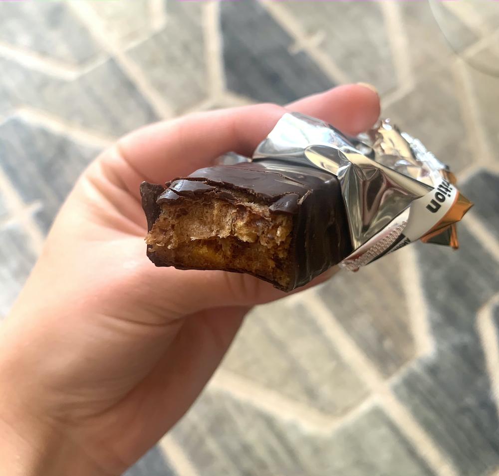 toffe almond built bar