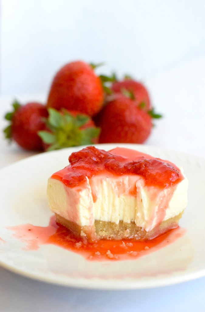 low carb no bake strawberry cheesecake