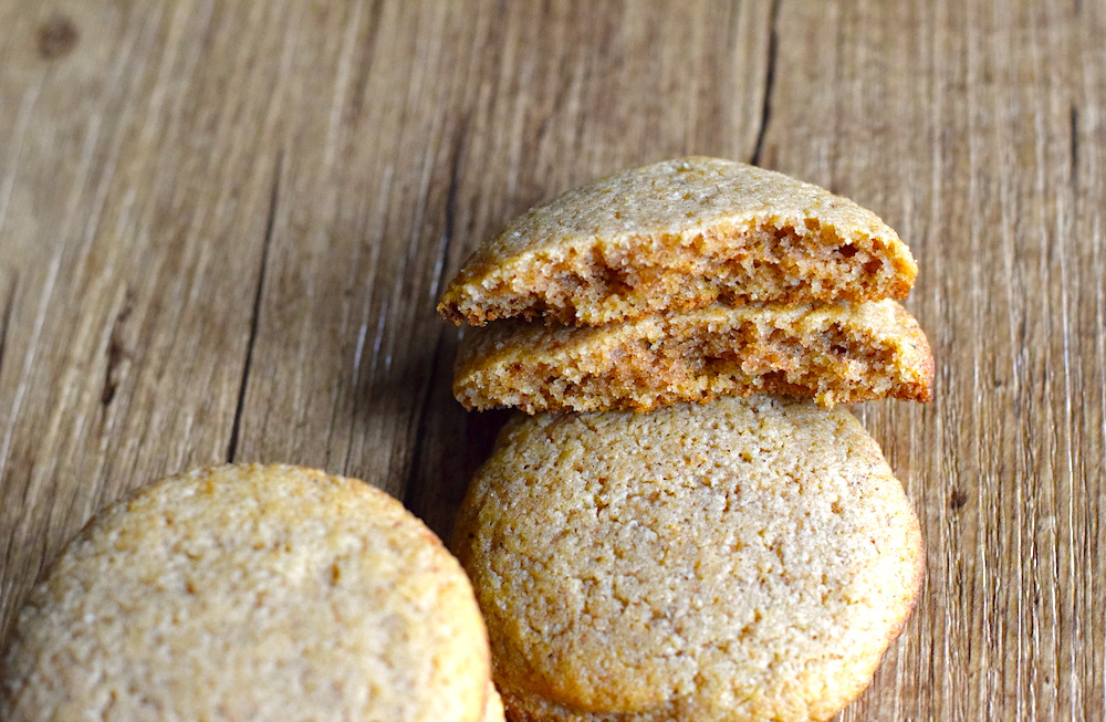 keto soft ginger cookies