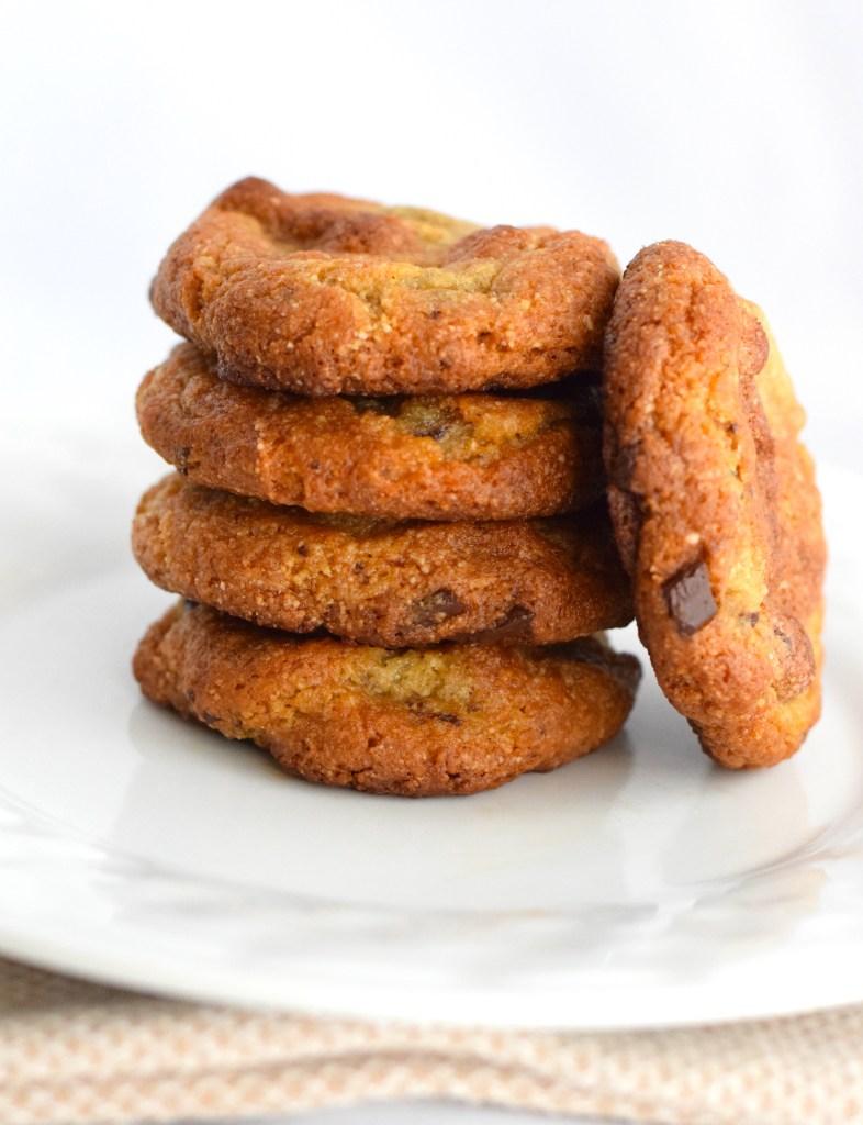 keto chocolate chip cookies recipe