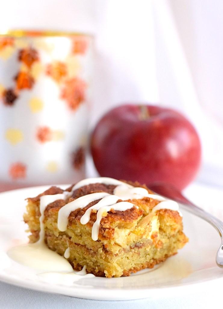 keto apple cinnamon cake
