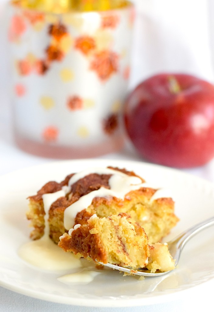 low carb apple cinnamon cake