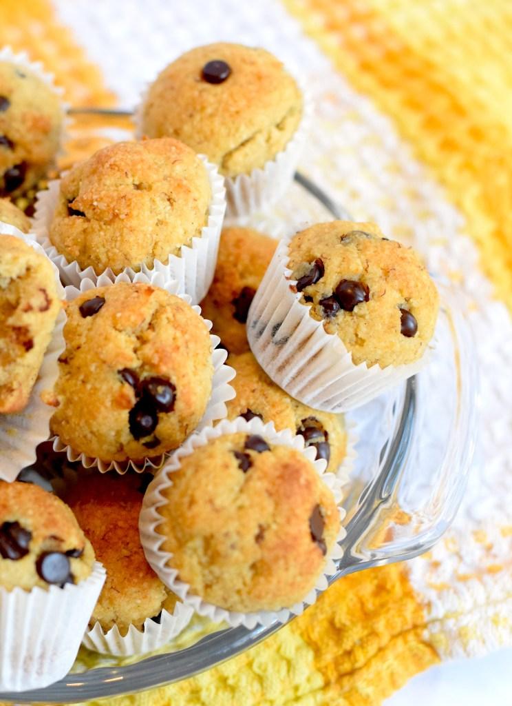 keto banana chocolate chip muffins