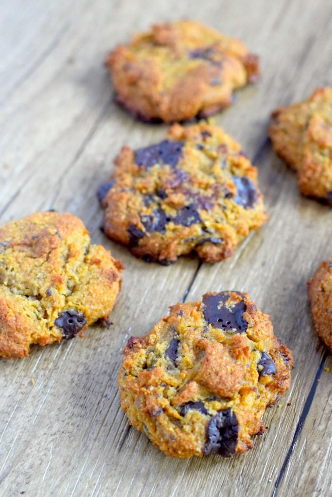 low carb sugar free pumpkin chocolate chip cookies