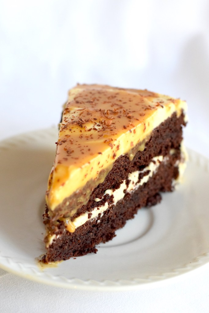 low carb chocolate caramel cake