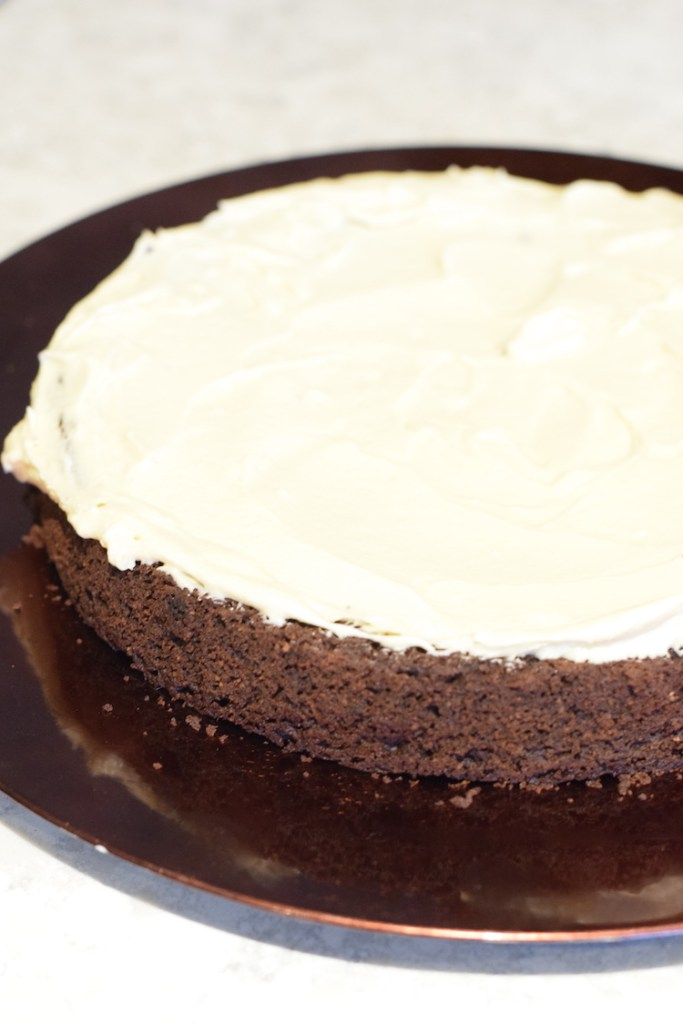keto chocolate cake with cream cheese frosting