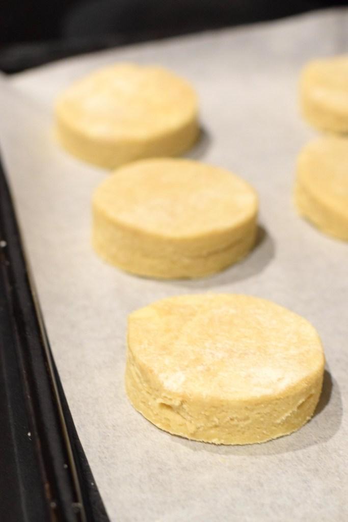 keto almond flour biscuit dough