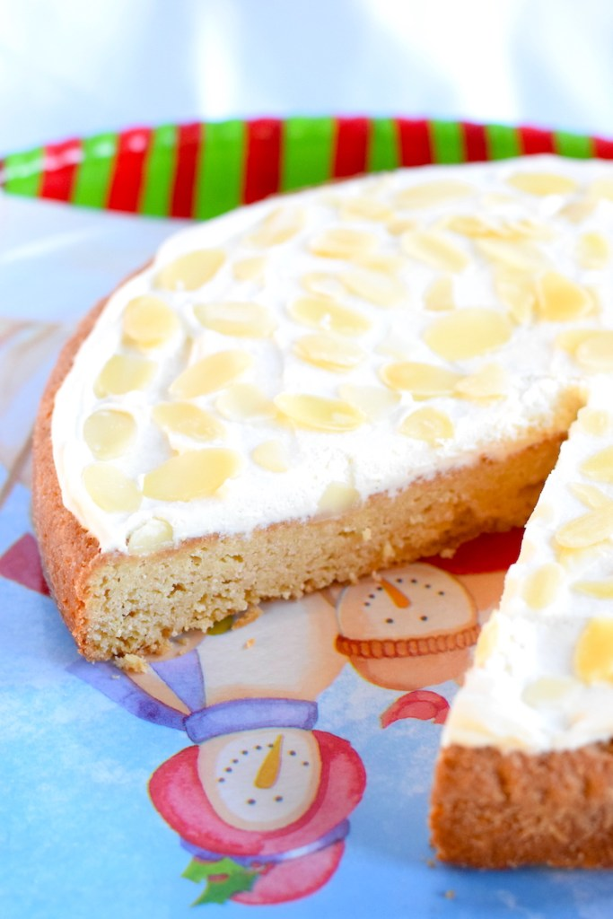 keto almond torte