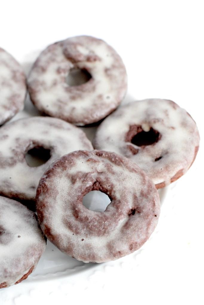 keto chocolate glazed donuts