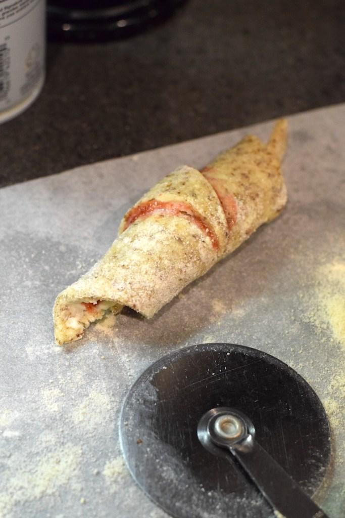 keto strawberry jam rolls