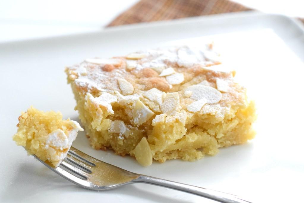 light and fluffy keto almond cake