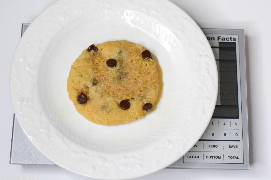 keto 1 min chocolate chip cookie