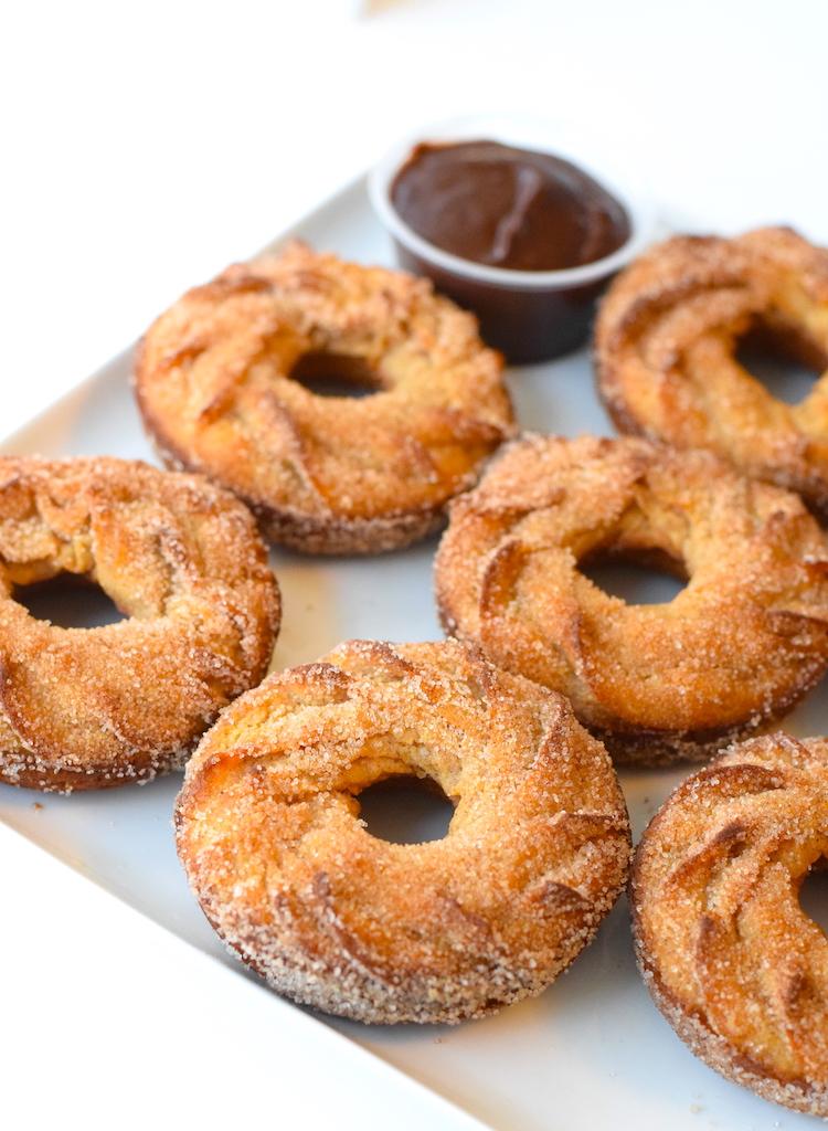 keto cinnamon sugar donuts