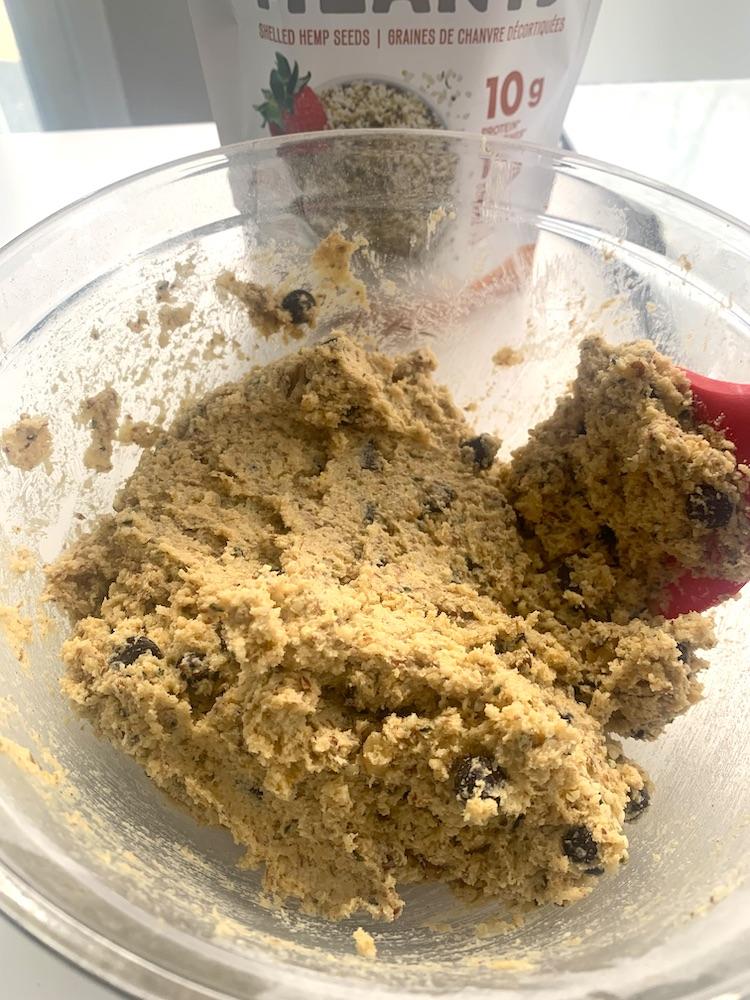 keto oatmeal cookie batter
