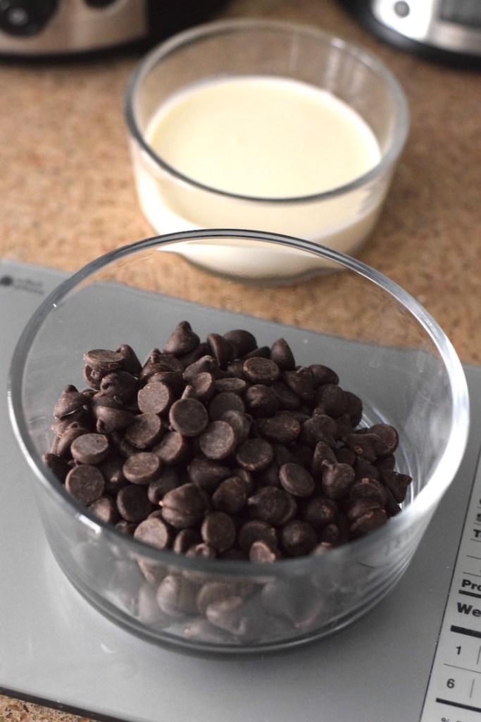 stevia chocolate chips, heavy cream