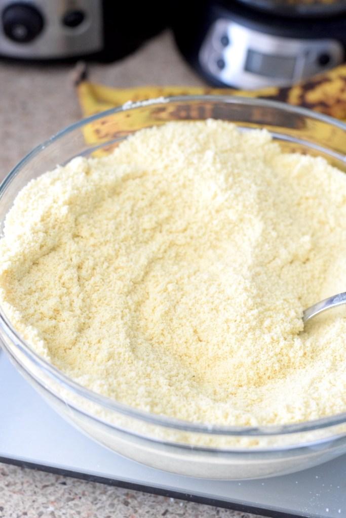 almond flour, lupin flour