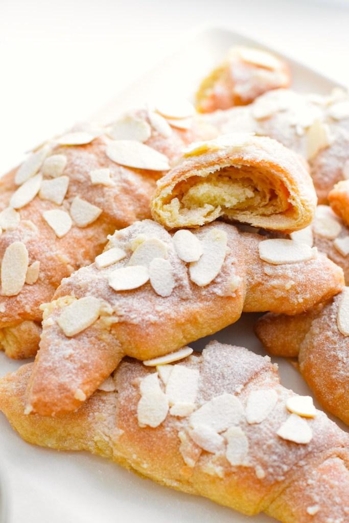 keto almond croissant recipe