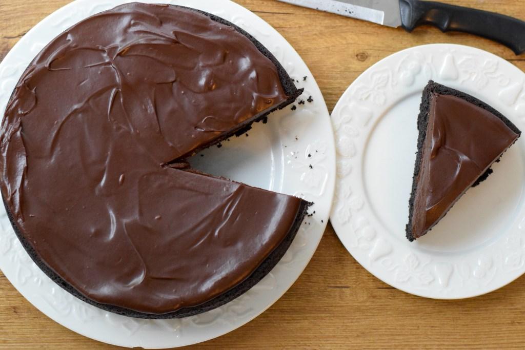 keto chocolate ganache cake