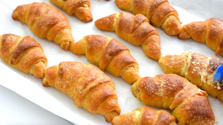 keto croissant