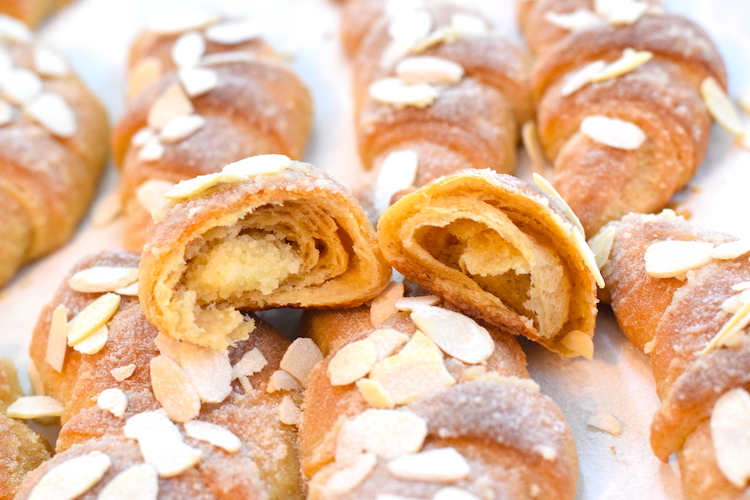 low carb almond croissants