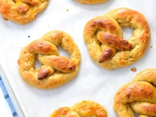 low carb keto soft pretzels