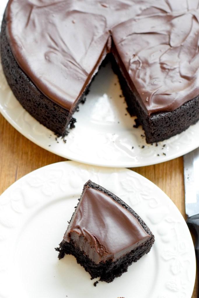 moist keto chocolate cake