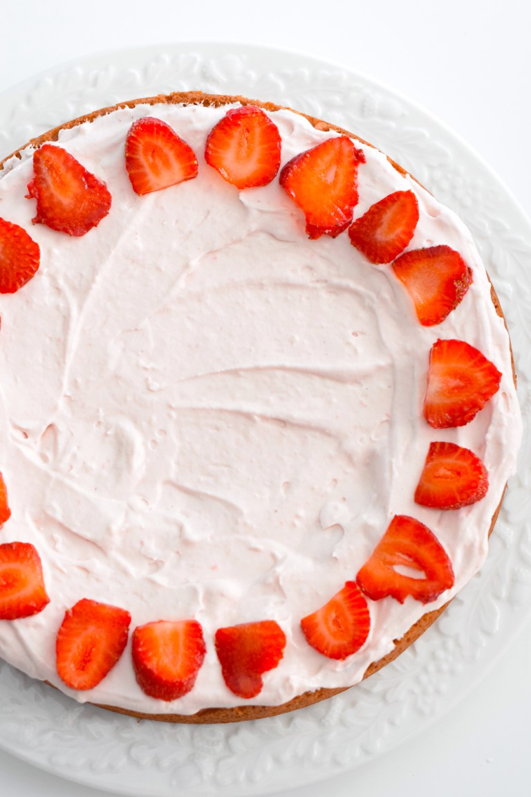 keto strawberry cake