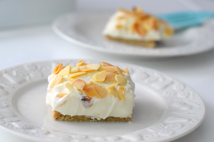 low carb almond cheesecake