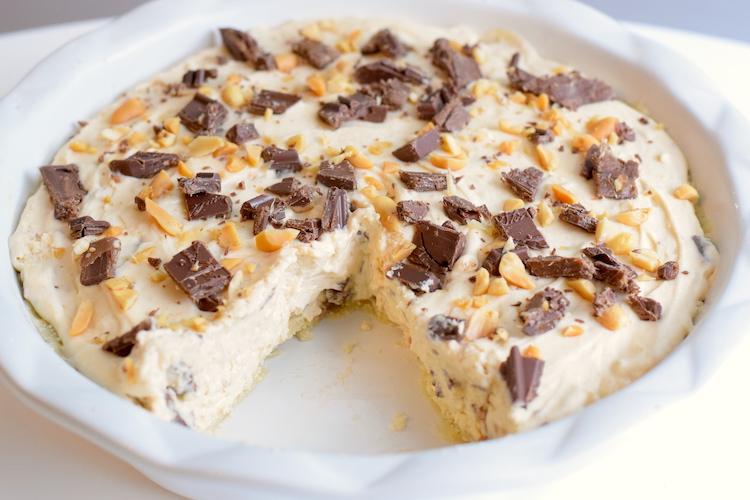 keto snickers pie